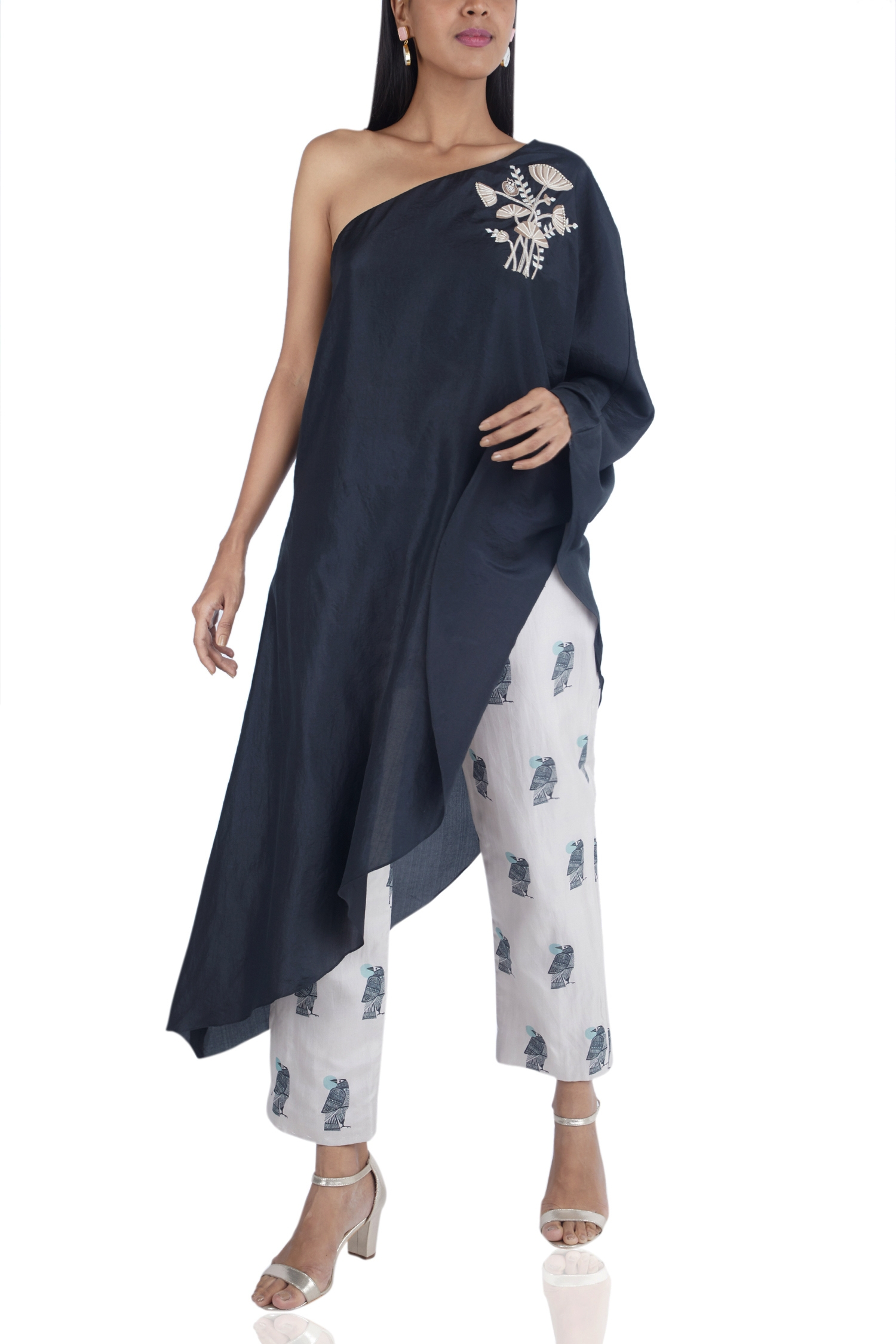 aac79dca1ea4 One-shoulder kurta with printed pants - New In